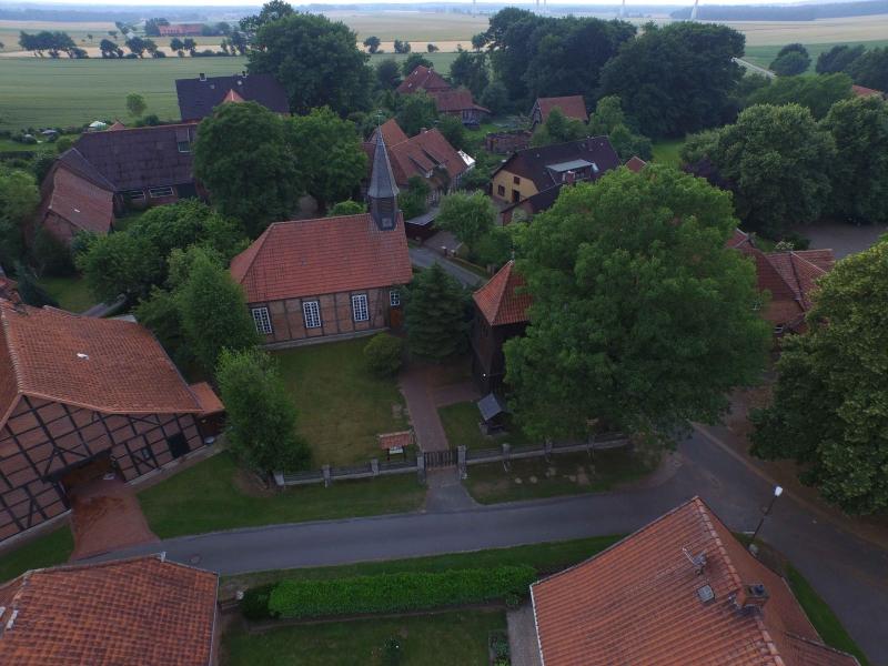Kirche_Luftbild
